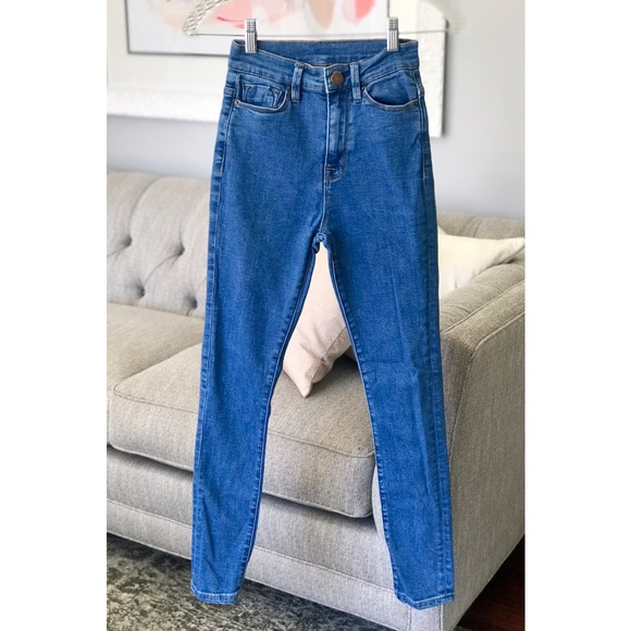 Urban Outfitters Denim - BDG | Twig Super High Rise | Size 24